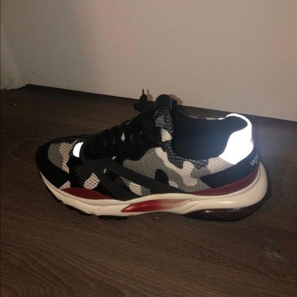 Valentino Garavani Camo Bounce Sneakers